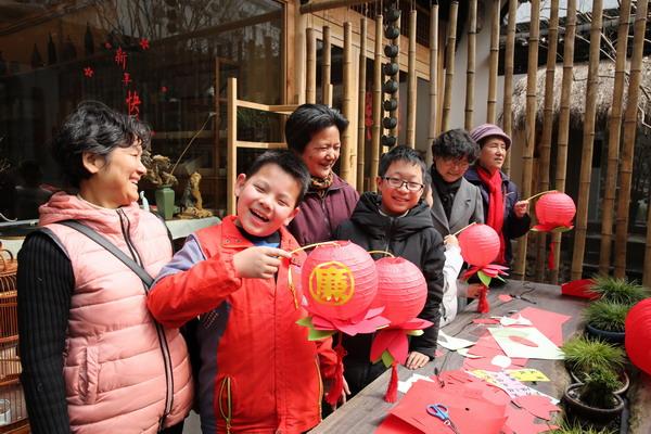上城:清廉过佳节  老城区的新风尚